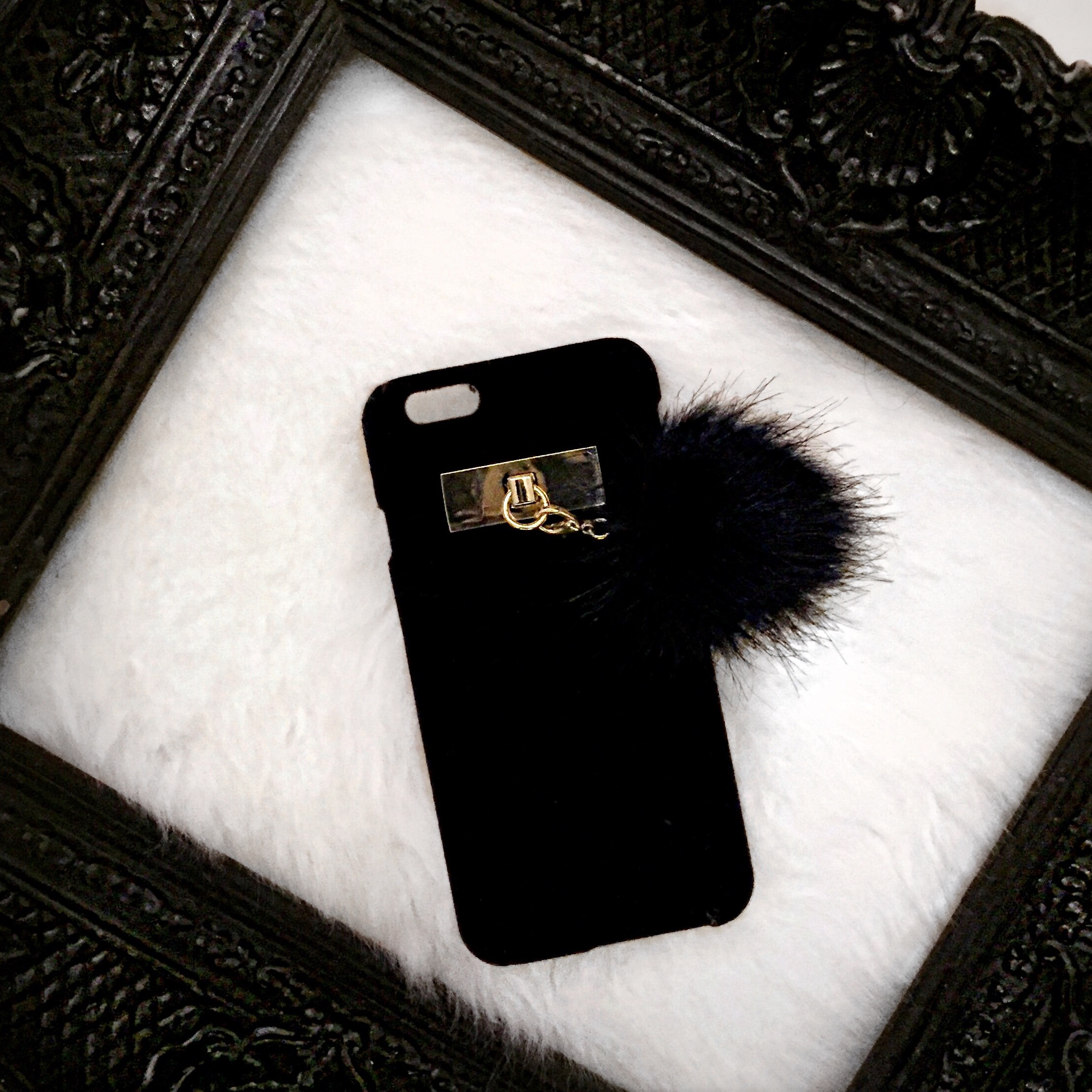 HM POM IPHONE 6 PHONE CASE.jpg