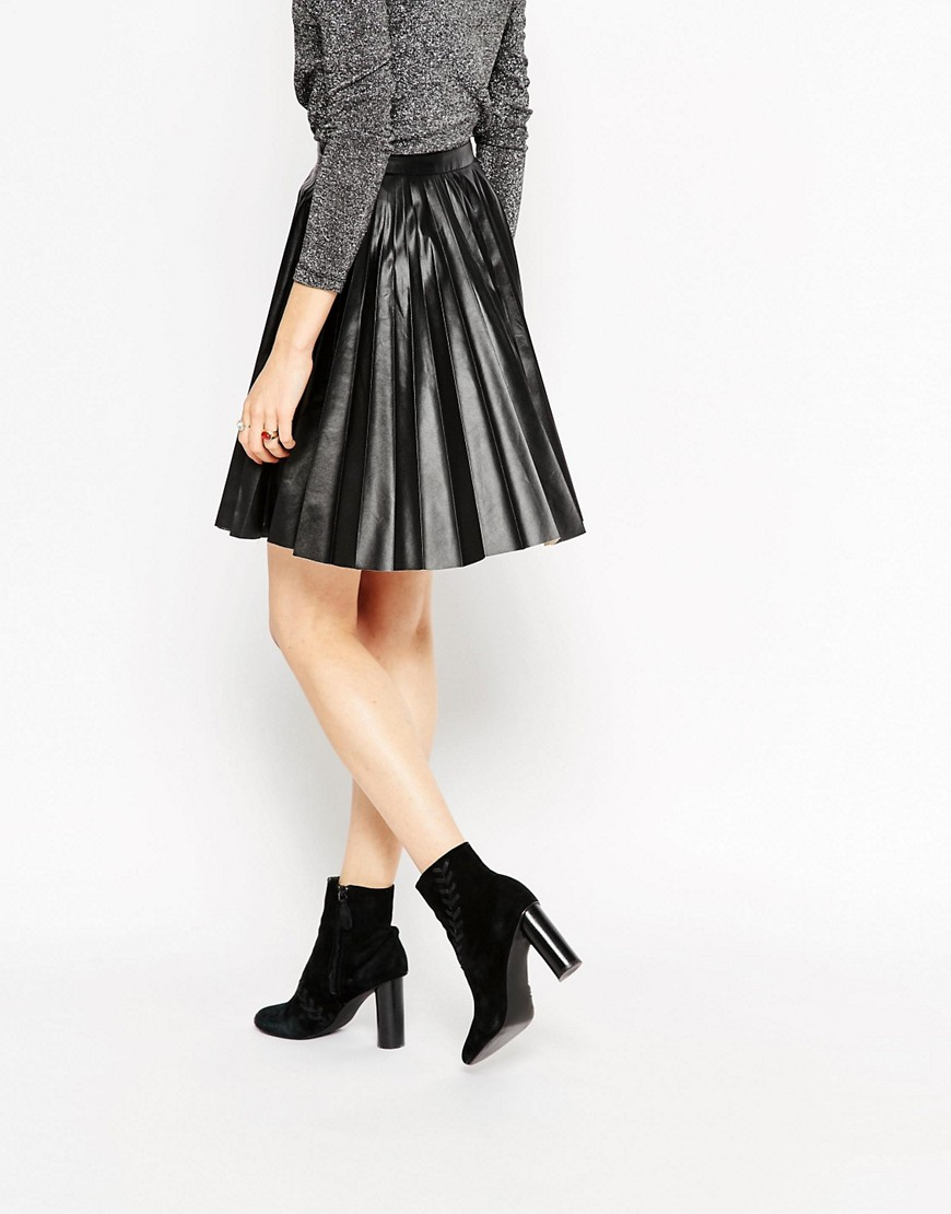ASOS PLEATED LEATHER LOOK SKIRT.jpg